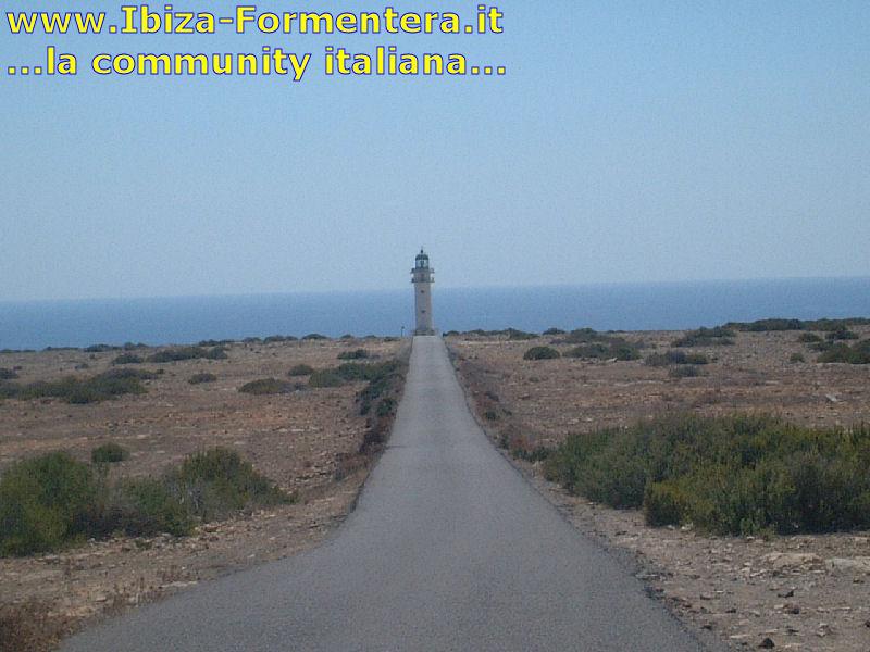 Il faro di Cap de Barbaria, Formentera